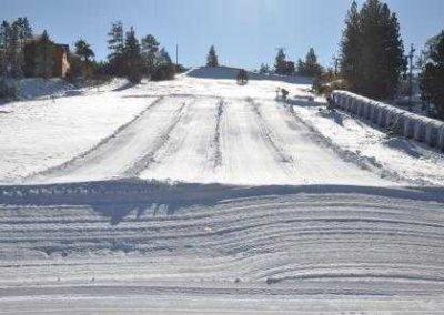snow_play_hill-Big_Bear_Lake-California-93e3360dead047c899cee8295678df4b_c